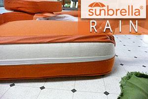 Quick-dry cushions with Sunbrella Rain