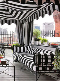 Signature Sunbrella® Striped Awnings in Black and White